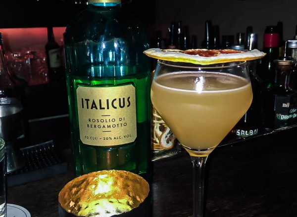 Hefner-Bar-Italicus-Drin