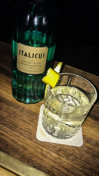 Florian-Saxinger-Goldfinger-Cocktail-Gin-Verjus-Italicus